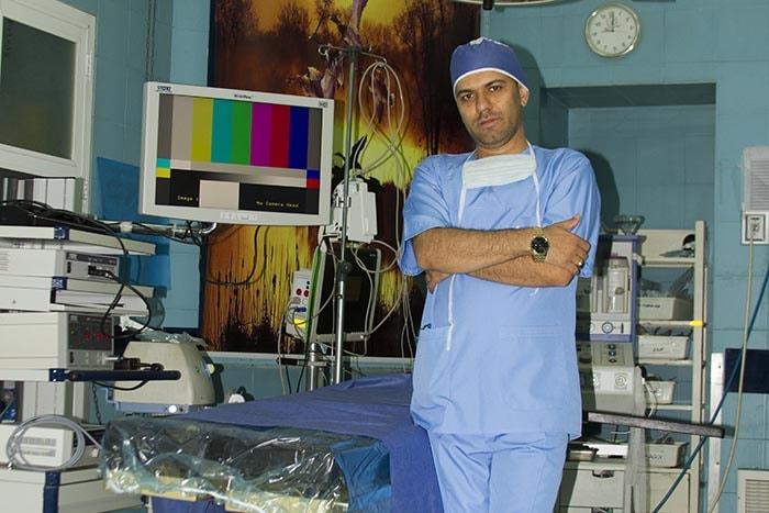 جراحی اسلیو معده | جراحی اسلیو مشهد | جراحی اسلیو | دکتر سجاد نورشفیعی | جراحی چاقی مشهد | فلوشیپ جراحی اندوسکوپیک و کم تهاجمی